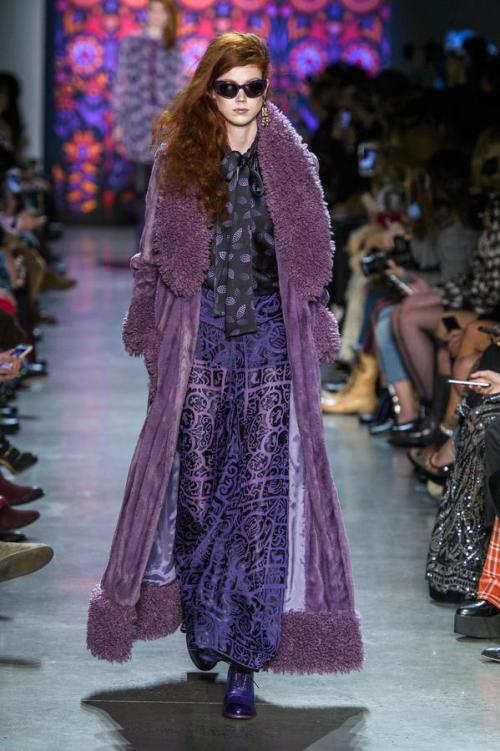 defile-anna-sui-automne-hiver-2018-2019-new-york-look-33