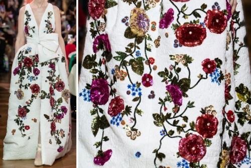 Robe brodée de fleurs