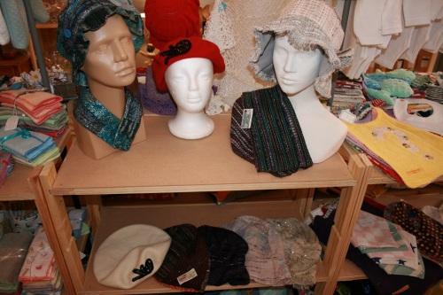 Creart au Puy, chapeaux en tissu Chanel