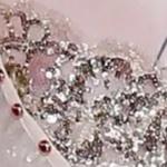 Givenchy : paillettes sur dentelle et tulle