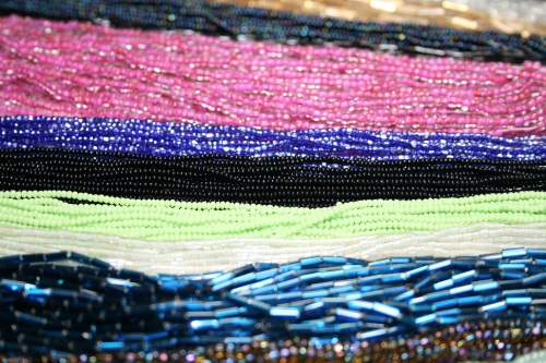 Perles à broder sur fil